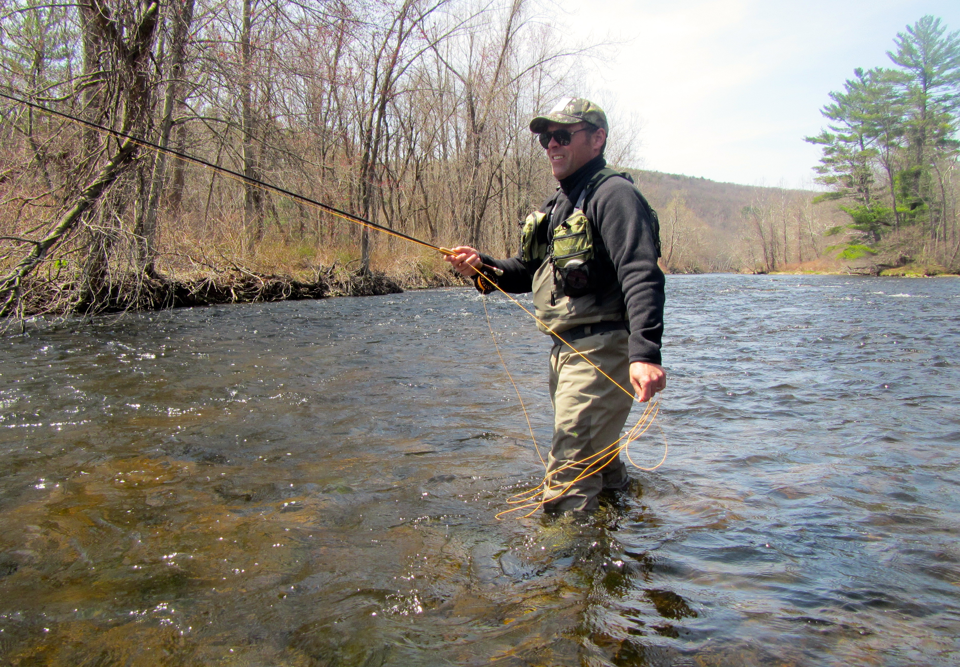 Farmington river guide currentseams for Farmington river fishing